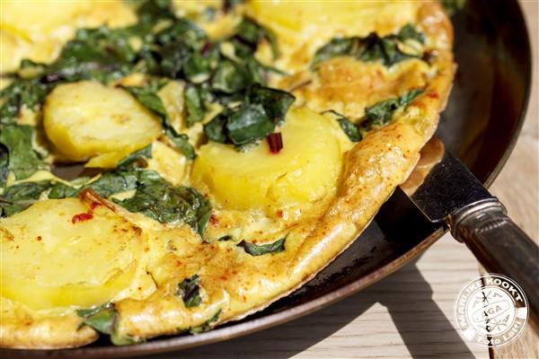 Over meisjes met groene vingers en omelet met bietenblad