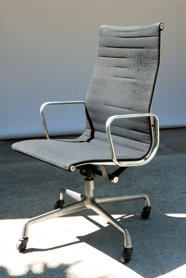 Heygreenie Herman Miller Eames Aluminum Chair