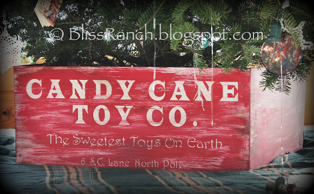 DIY Christmas Tree Stand Crate Cover, Bliss-Ranch.com
