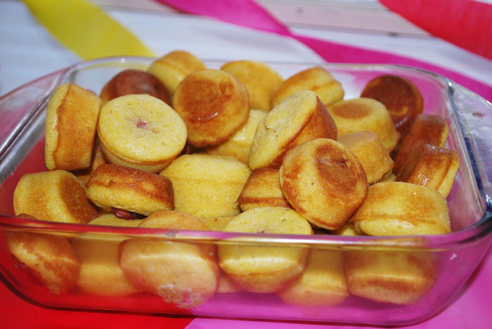... .com/2012/01/30/super-bowl-recipe-week-mini-corn-dog-muffins