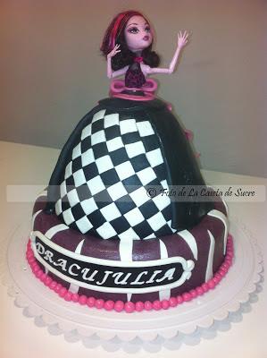 tarta draculaura