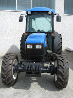 Trattore vigneto New Holland TNF 95