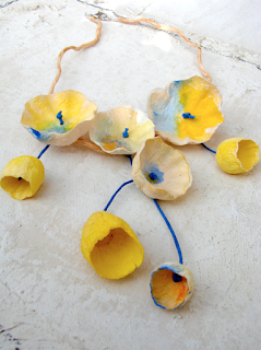 collane dipinte a mano per la fiera di Abilmente a  Vicenza