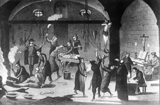 Image result for صحنه ای از بازجوئی و شکنجه متهمان در قرون وسطی