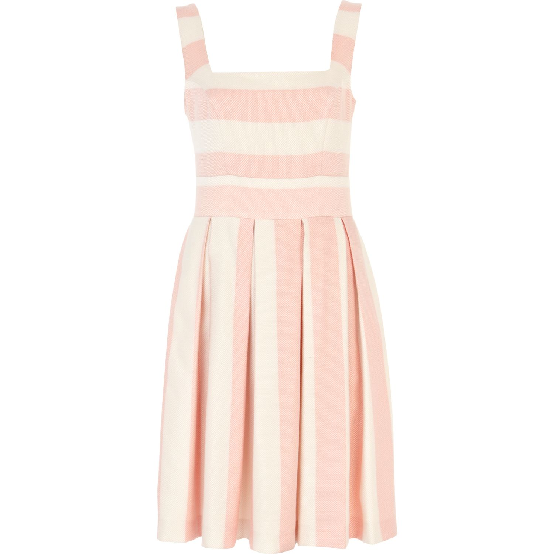 Dresses For Wedding Guest River Island : Smaz says summer wedding guest dress inspiration
