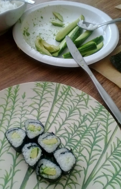 Cook Play Explore: Cucumber and Avocado Sushi Roll