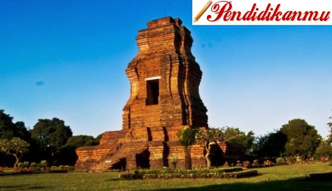 merupakan kerajaan yang berpusat di sebuah pulau Jawa Sejarah Lengkap Kerajaan Majapahit