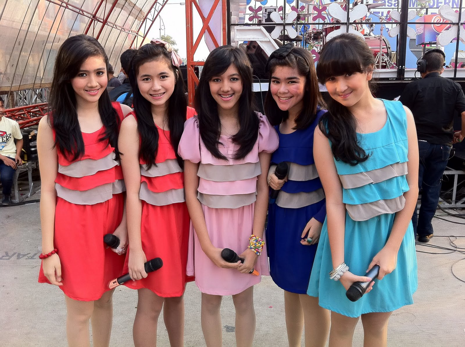 Blink Girl Band