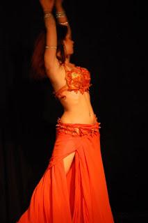 danza arabe sevilla, bailarinas, clases