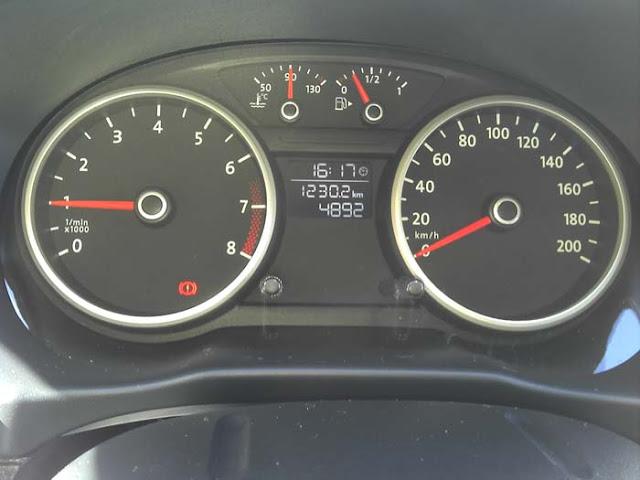 Volkswagen Gol G5 2011 1.0 Trend - instrumentos do painel