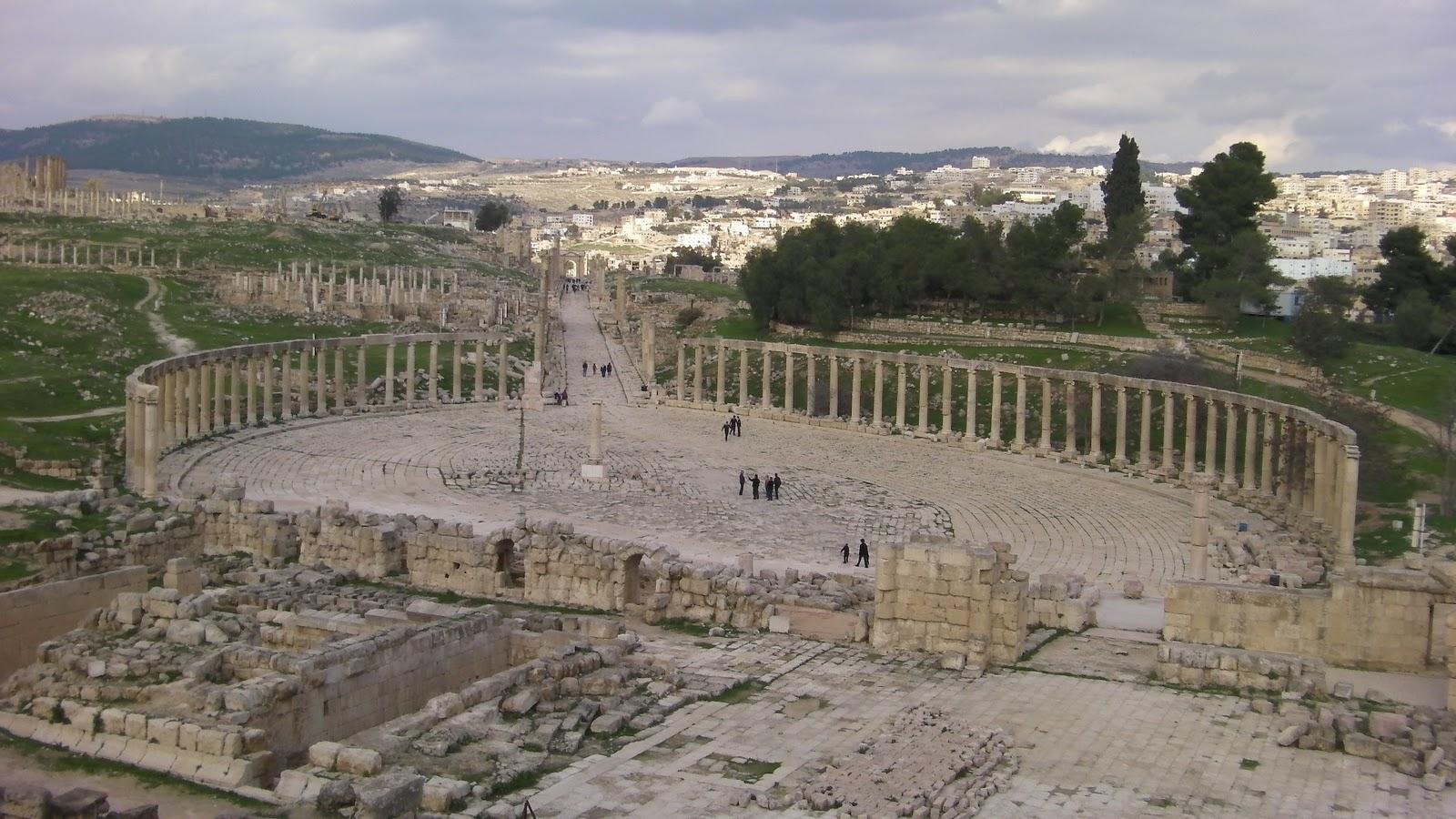 Resultado de imagen de ammán y la ciudad romana de jerash
