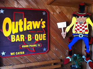 Outlaw's Bar-B-Que and Grill BBQ Barbecue Barbeque Bar-B-Q Dallas Grand Prairie DFW