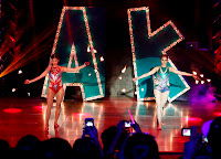 Anne Curtis and Karylle fire-dancing