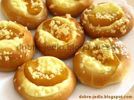 Kysnuté broskyňové koláčiky - recepty