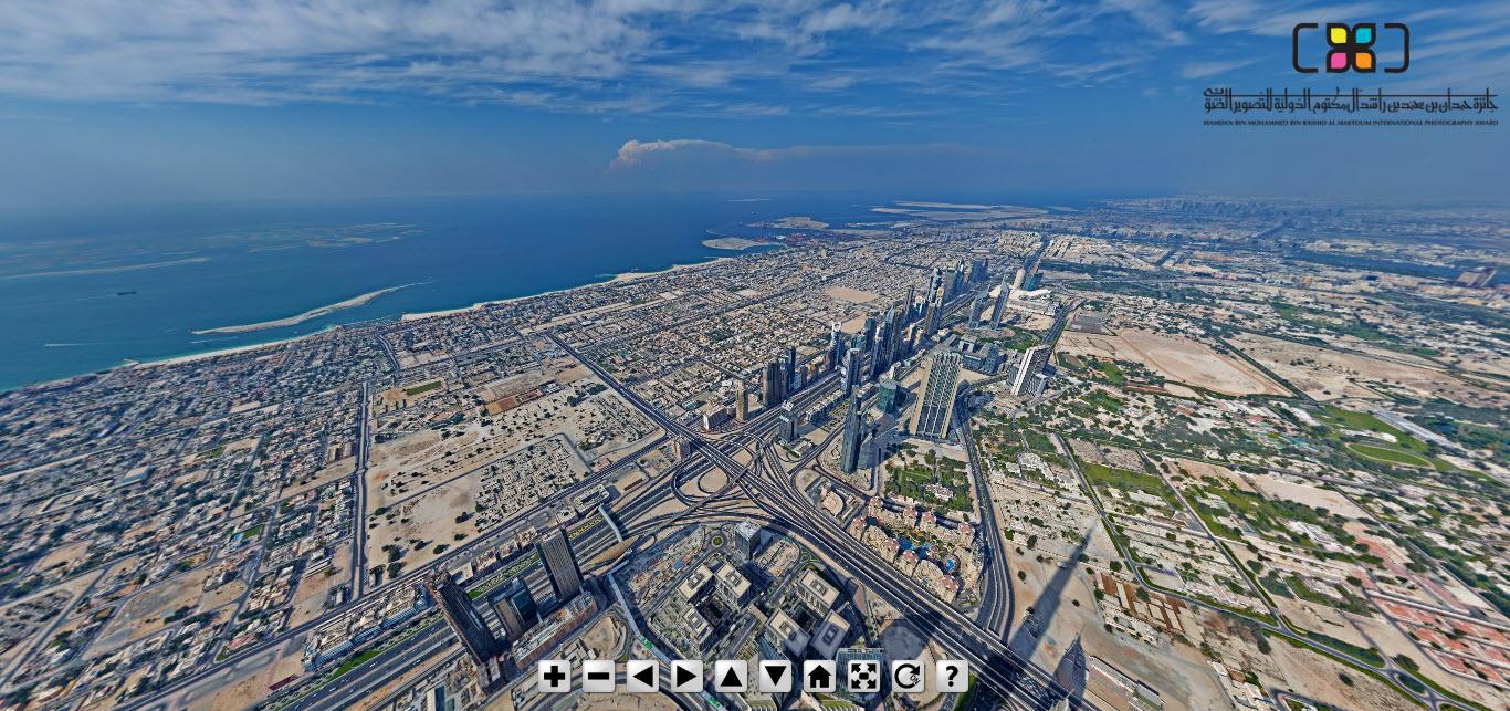 """أدعوك لزيارة أعلى برج في العالم """"برج خليفة"""" وما حوله بلا تذكرة، صورة بانورامية 2.5 جيجا بكسل و 360 درجة"""
