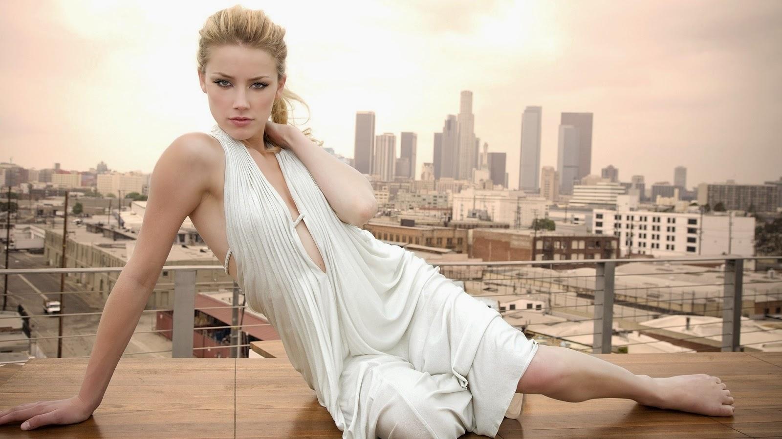 Elegant Amber Heard