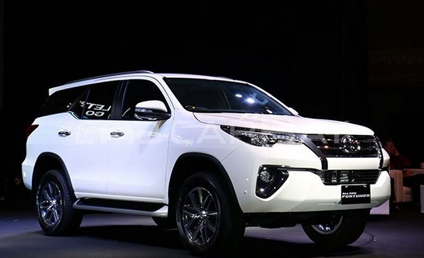 Toyota all new fortuner 2016 resmi diluncurkan di indonesia astra toyota indonesia