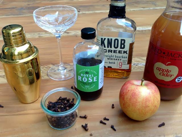 A Bar Cart in Brooklyn | Apple Cider Cocktail