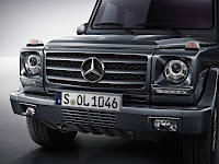 2012 New Mercedes G350 BlueTEC facelift upgrade refresh restyled change generation official press media source original off-road