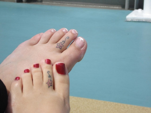 May 2012 for Tattoos on toes