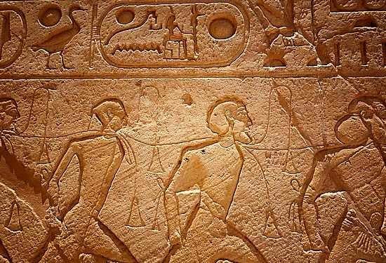 Pesona Arsitektur Interior Mesir Kuno