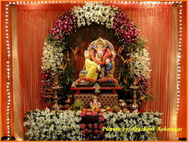 Ganpati decoration ideas ganesh decoration photos for Decoration ganpati