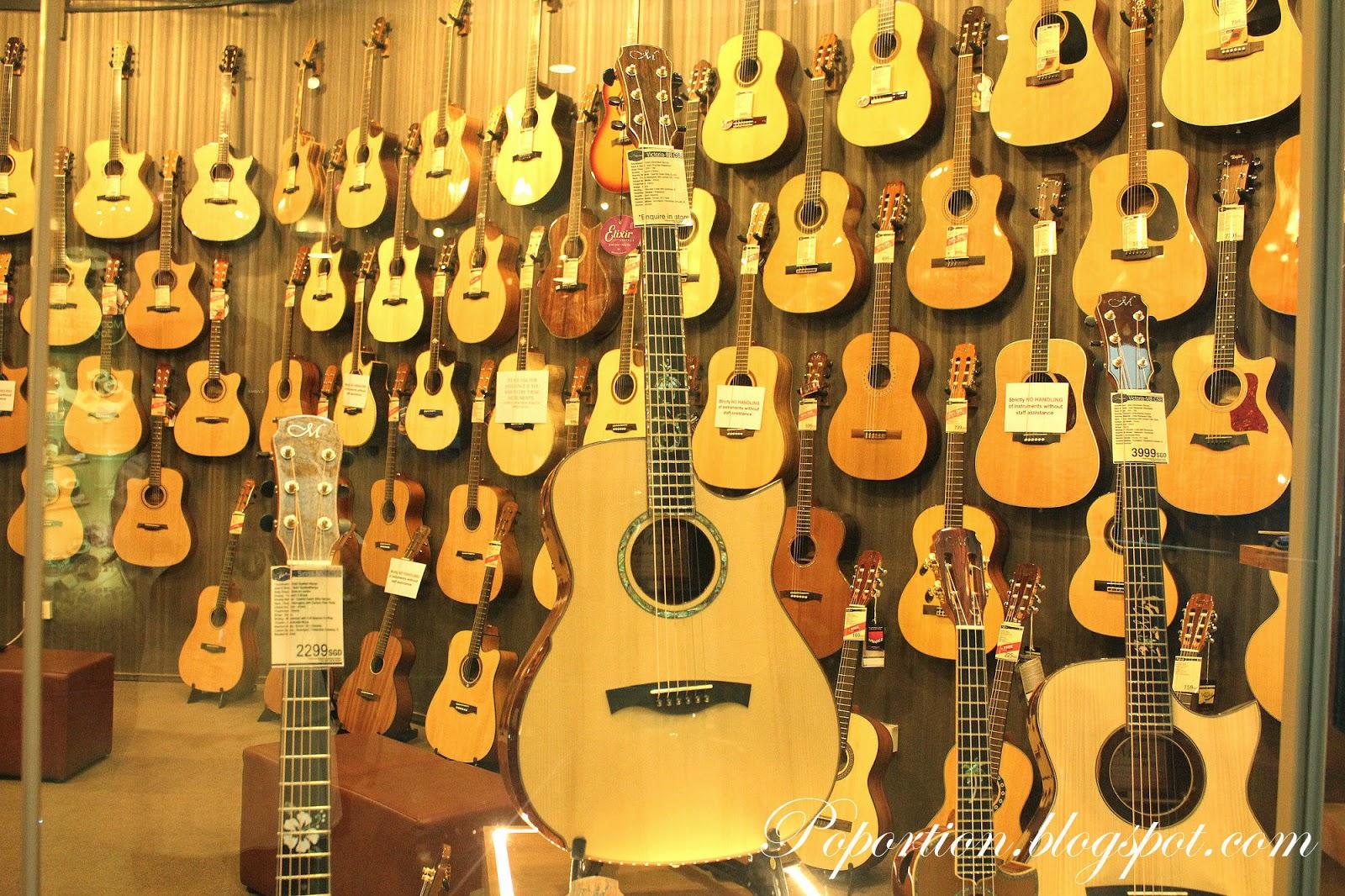 guitars ukelele