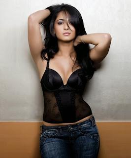 Anushka Shetty hot photos
