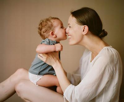 motherhood mondays having