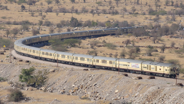 Unforgettable Journey on Palace on Wheels, Populer Luxury Train in Wallpapers 2