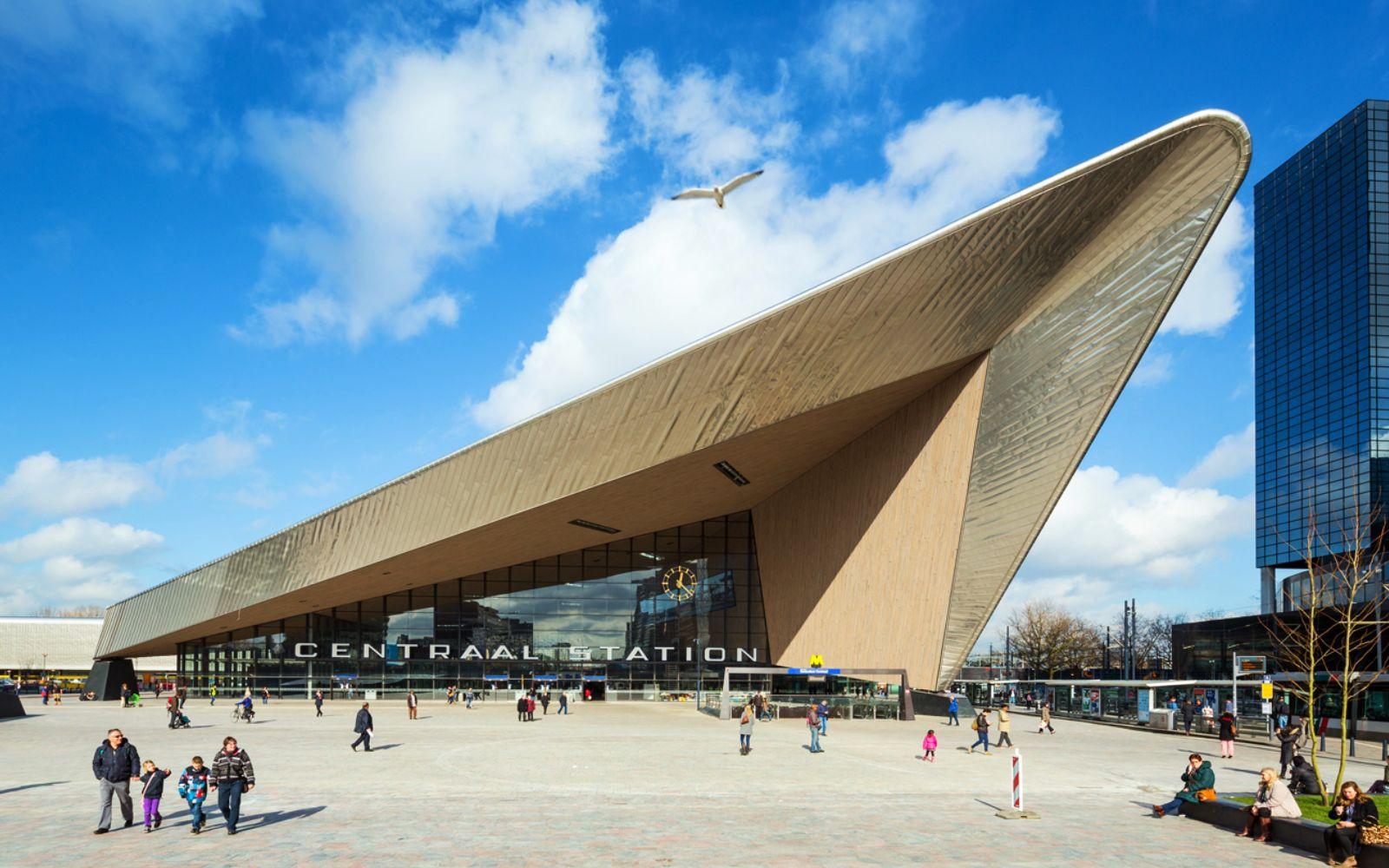 01-Rotterdam-Centro-Estación-por-Team-CS