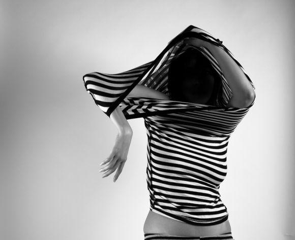 nydia lilian fotografia photoshop mulheres modelos malevich linhas geométricas