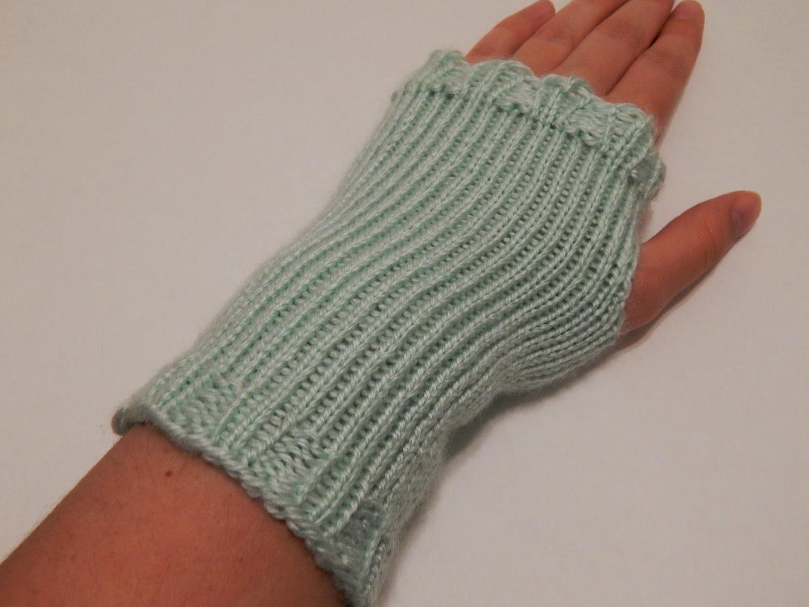 Knitting Mittens On A Loom : Jovial knits loom knit fingerless gloves shizknit