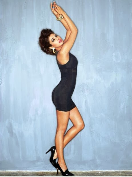 Priyanka Chopra flaunting her assets in mini dress in Maxim Magazine
