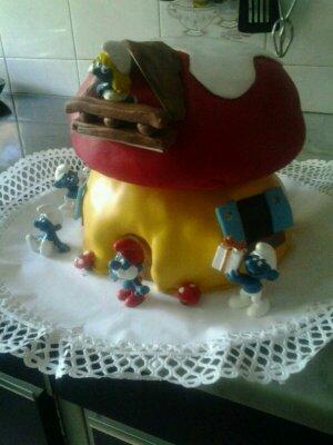 Cupcakes tenerife tarta de pitufos - Cupcakes tenerife ...