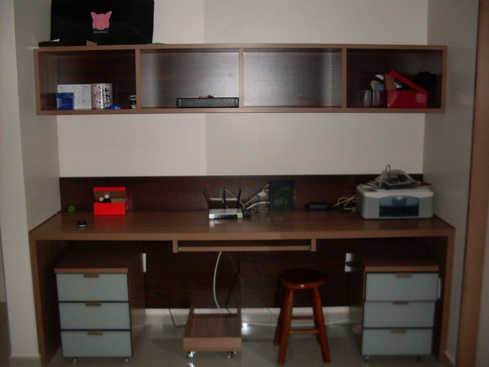 painel de quina para a TV e o nicho abaixo para equipamentos  #BD080C 1600x1200