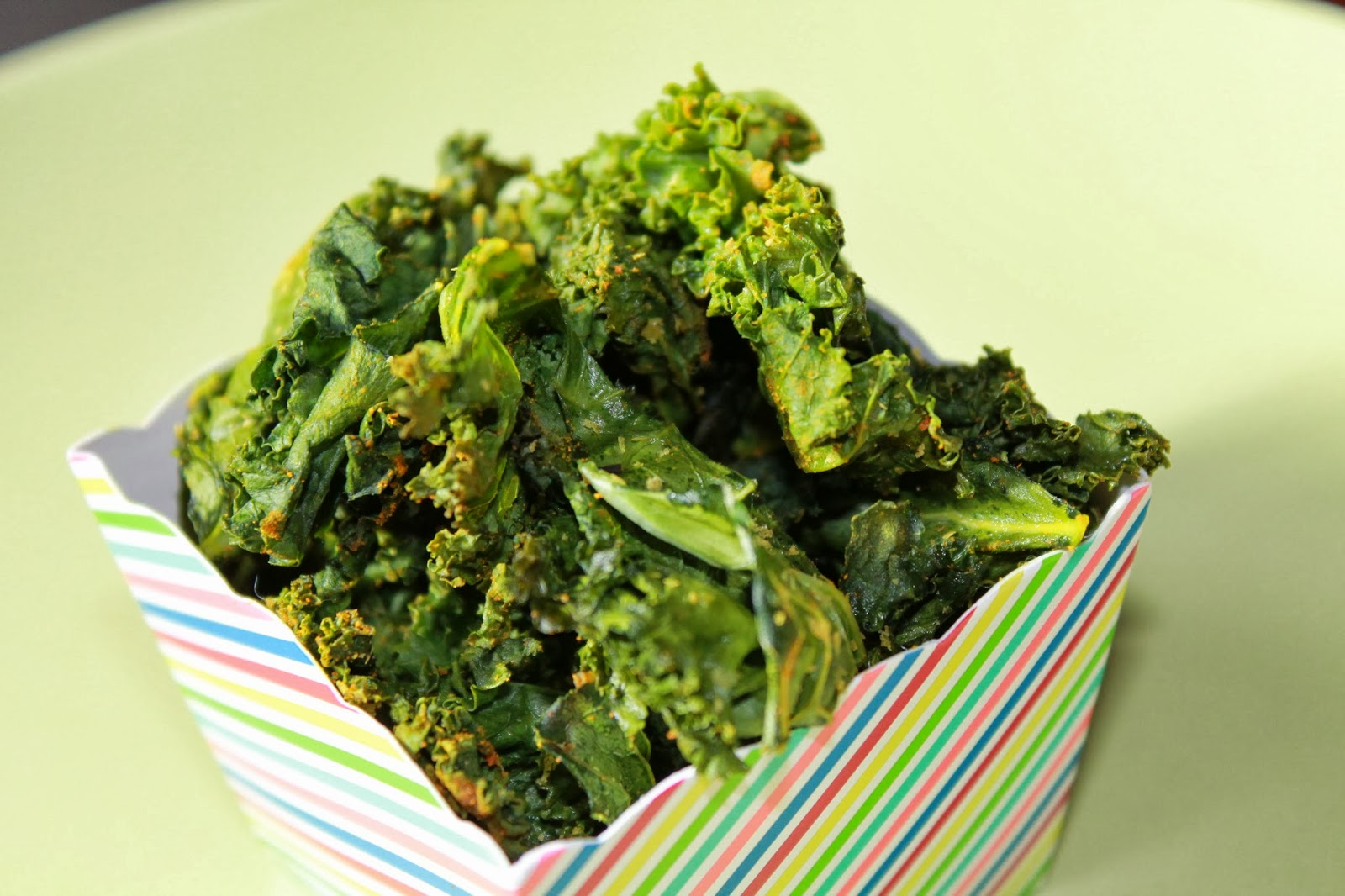 http://lisatsakos.blogspot.ca/2014/02/kale-chips-with-turmeric-recipe.html