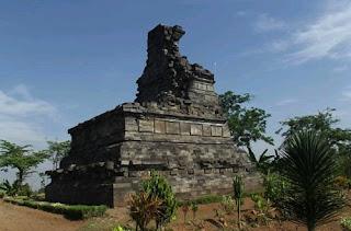 Rimbi Temple: Wisata Candi Rimbi di Jombang