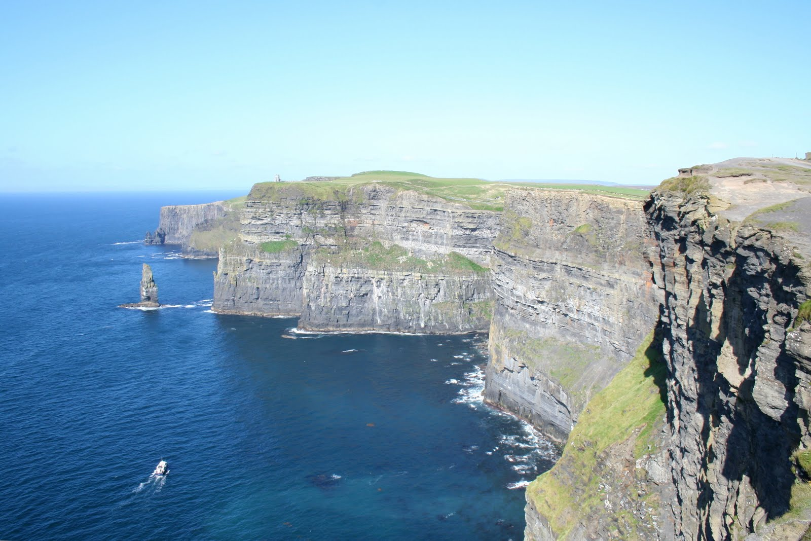 Cliffs of moher cliffs canyon - Cliffs of moher pictures ...