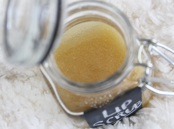 honey shea sugar diy lip scrub recipe