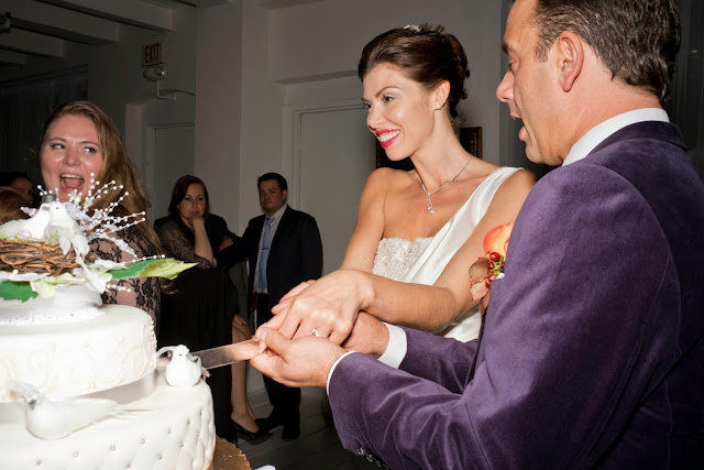 A Model Wedding, wedding cake cutting at Gary's Lofts