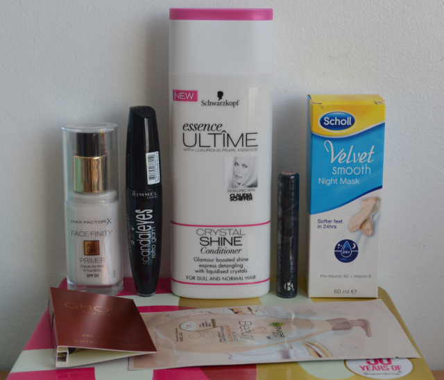 Glossybox may 2014, Maxfactor facefinity primer, RImmel scandaleyes mascara, B mascara, Glost eclipse mascara