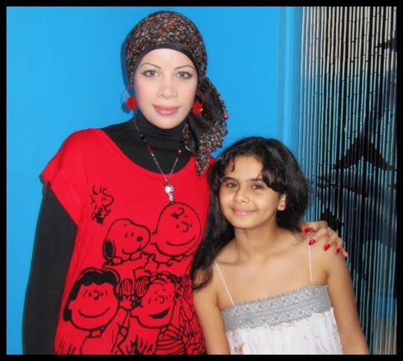 مع الفنانة منة عرفة  - كواليس برنامج بيوتى شو 2010