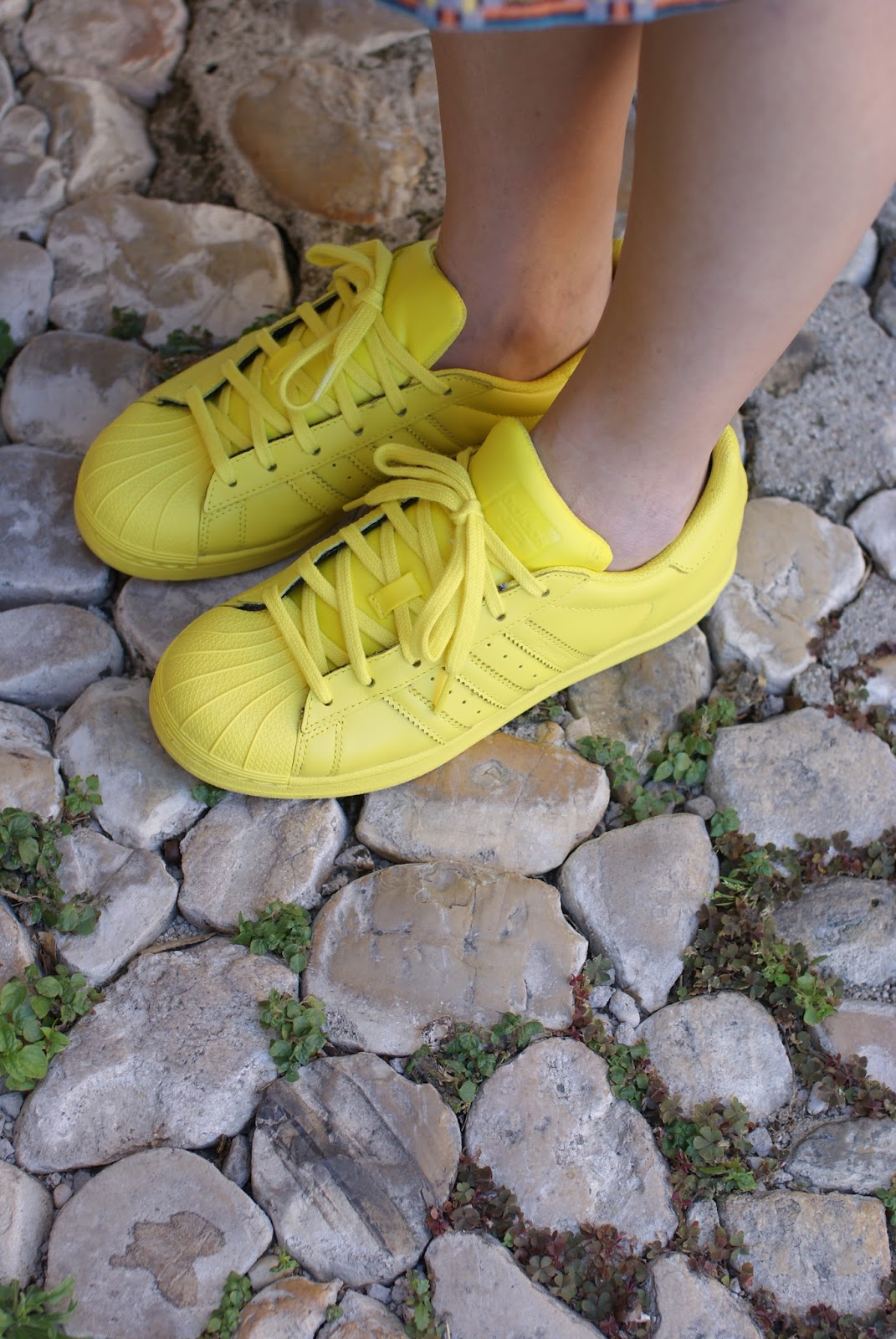 adidas yellow supercolor sneakers, supercolor gialle, Fashion and Cookies fashion blog
