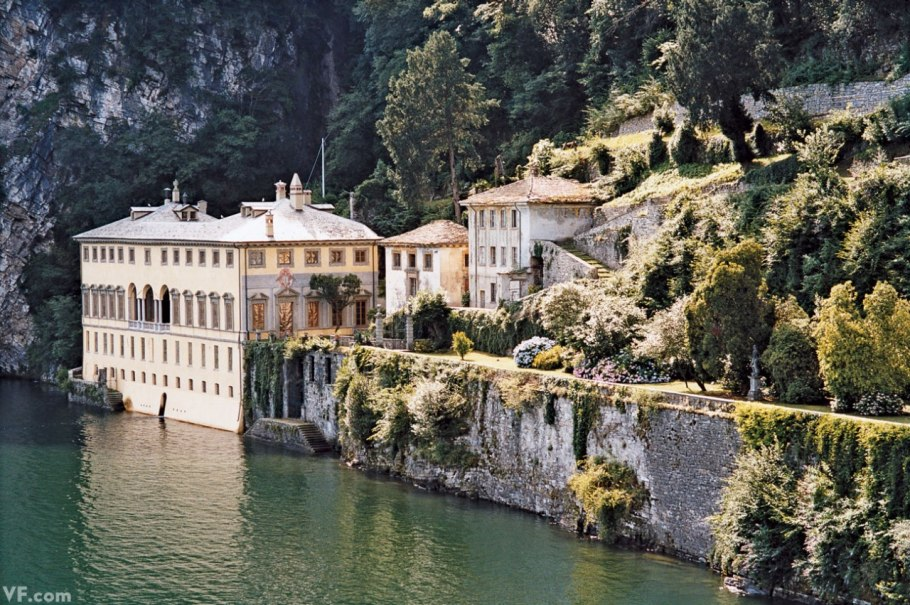 The french tangerine lake como for Lake house in italian