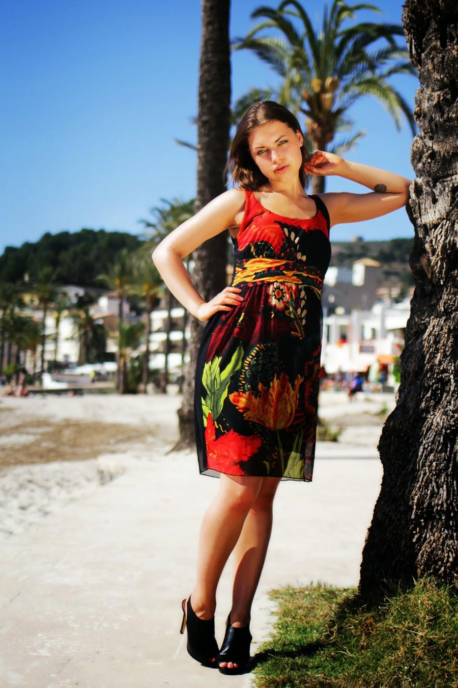 desigual model lookbook summer collection