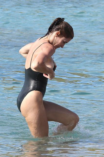 Stephanie Seymour nipslip
