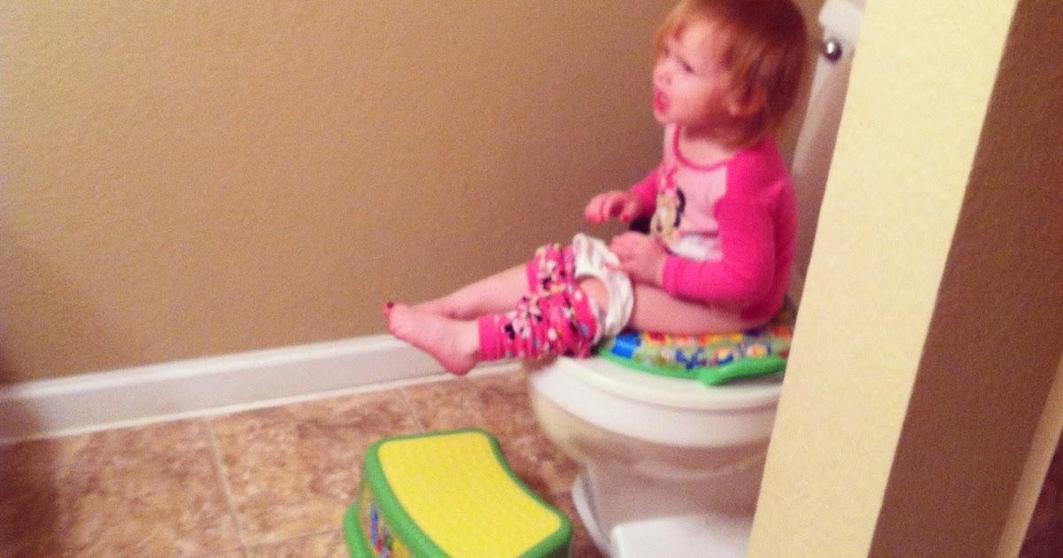 Momthebabysinthetoilet: The Scoop on Poop: Successfully