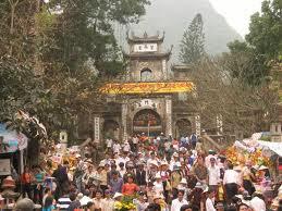 Đi Trẩy hội chùa Hương đầu năm 1