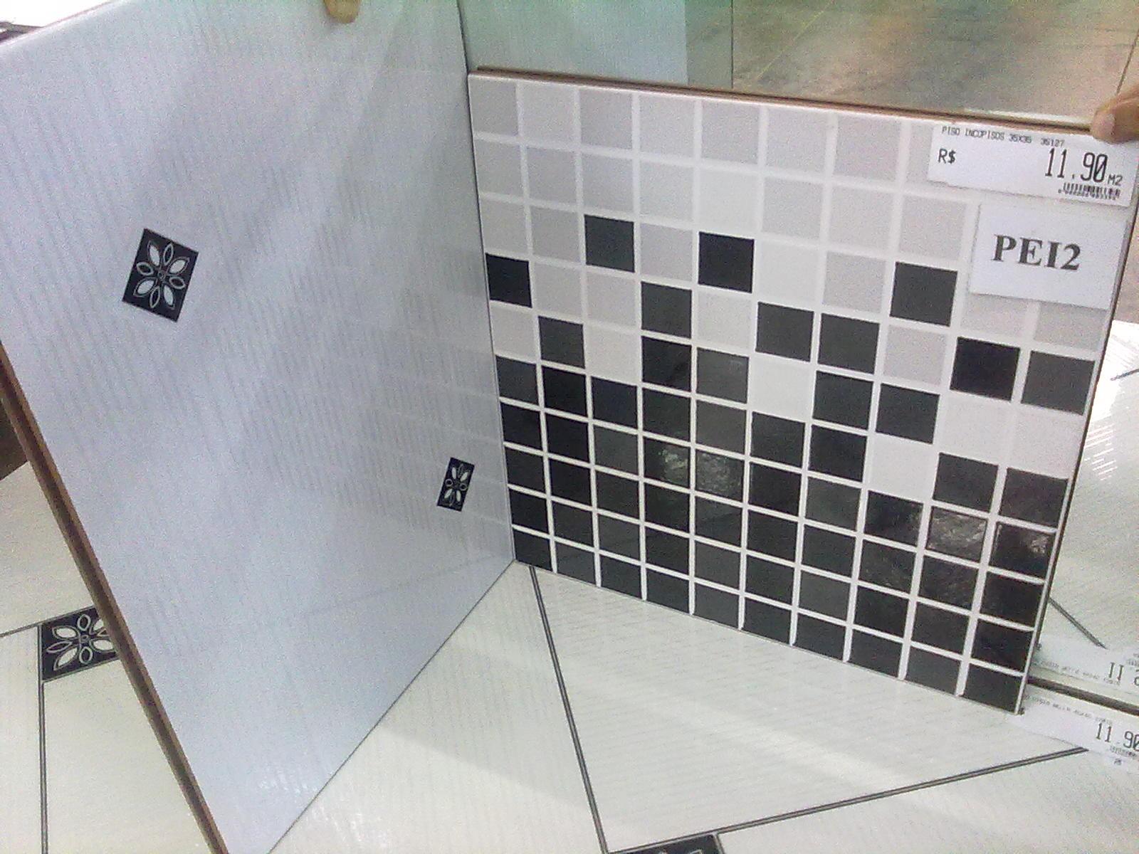 Imagens de #776454 Adilson Simone e Lilica em construção!!!: Revestimentos de parede 1600x1200 px 2718 Box Banheiro Preto E Branco